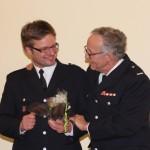 WFV Rüdiger Dau dankt Christoph Lübbe für seine geleistete Arbeit.
