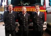 Von links gesehen: Lars Redeke Stellv. Wehrführer, Timo Meisterknecht Jugendfeuerwehrwart- Stellv., Jan Paulsen Jugendfeuerwehrwart