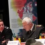 LJFW-Wart Uwe von Appen im Gespräch mit DFV-Präsident Kröger (c) MT - AG MuK