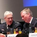 OBD Klaus Maurer im Gespräch mit LBF/V-Süd Werner Burmester (c) MT - AG MuK