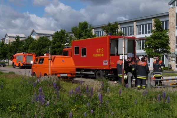Der Gerätewagen Fernmeldetechnik der FF Wandsbek-Marienthal zu Beginn der Feldkabelbauübung