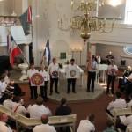 Segnung der Logo-, Wappen- und Fahnenträger stellvertretend für alle Wehrmitglieder der Wehren  19.08.2012