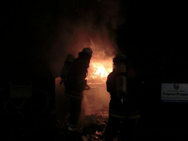Brandbekämpfung in der Stresemannallee
