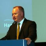 Senator Neumann bekräftigte erneut seine Sympathie für die Belange der Freiwilligen Feuerwehr in Hamburg. (c) AG MuK FF Hamburg
