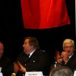 Applaus von Innnensenator Neumann, LBF Wronski und OBD Maurer (v.l.n.r.). (c) AG MuK FF Hamburg