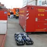AB-LUF und AB-Schiffsbrandbekämpfung an der Einsatzstelle, im Vordergrund Langzeit-Atemschutzgeräte (c) MT AG MuK