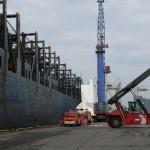 Bei allen Bewegungen am Kai muss auf den Hafenbetrieb geachtet werden (c) MT AG MuK