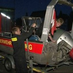 Zahlreiche Sonderfahrzeuge und Kleinboote wurden von der Feuerwehr Hamburg entsendet