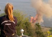 Auch so schön kann Osterfeuer-Einsatz sein: FF Rissen beim Osterfeuer, Blick von der Süllbergterrasse (c) FFO