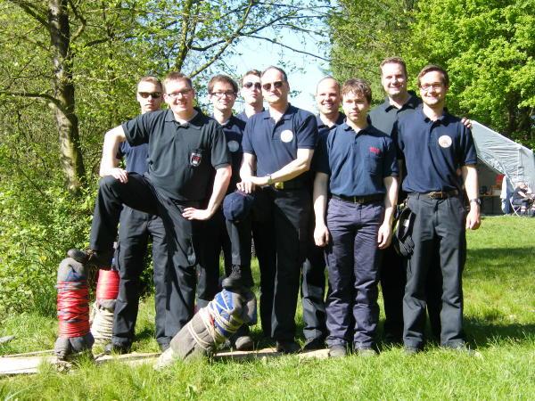 Die Mannschaft der FF Osdorf vor dem Start (c) FFO MT