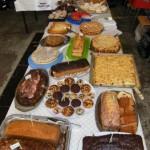 Das große Kuchenbuffet, für diejenigen, denen Grill- und Currywurst mit Pommes frites nicht zusagten (c) FFO