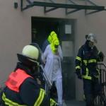 Personenrettungen mittels Fluchthauben durch PA-Trupp (c) tvr-news