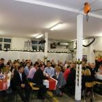 Bis in die frühen Morgenstunden sass man in der Remise der FF Osdorf bei Essen, Getränken und Musik zusammen (c) FFO.