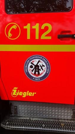 Das Wehrlogo am LF 16/12 der FF Groß-Flottbek