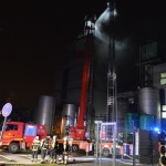 FEU2 (Feuer, 2. Alarm), Industriestraße - (C) CityNewstv.de