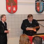Landesbereichsführer André Wronski bei der Verleihung der Verdienstmedaille.