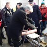 Zulöten der Kupferröhre durch Staatsrat Volker Schiek