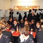 Ehrenwehrführer Heino Goes bedankt sich für die Einladung