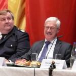 Durchaus unterhalten durch die Ausführungen des DFV-Präsidenten: LBF Wrosnki (li.) und OBD Maurer (c) AG MuK