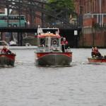 Die Kleinboot-Flotte der FF Hamburg (v.l.n.r.): KLB Typ 1, MZB Watt (FF Neuwerk), KLB Typ 2. Die Aufnahmmeem entstand im Zollkanal im Hamburger Hafen (c) Stab F02