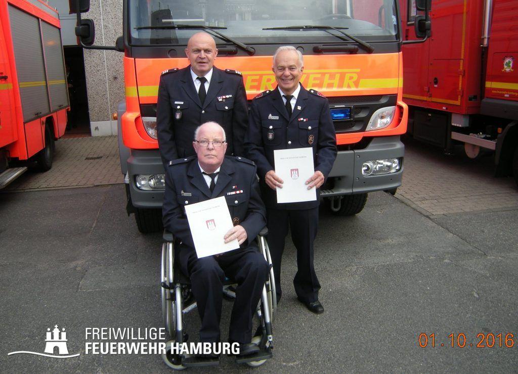 FF Wandsbek-Marienthal - WF Jean Gressmann, BI Andreas Schuppe und HBM Hartmut Rogge (v. links) (© Fro)