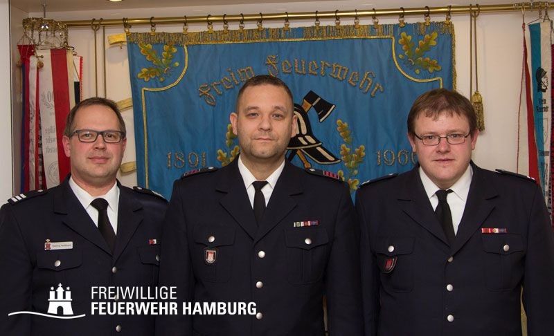 V.l.n.r.: Bereichsführer Henning Heidmann, Wehrführer-Vertreter John Goerling und Wehrführer Timo Obertop