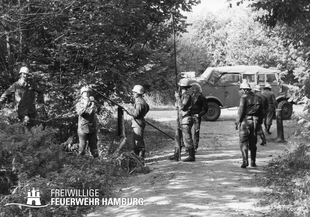 Feldkabelbau des LSHD während einer Übung Mitte der 60er Jahre