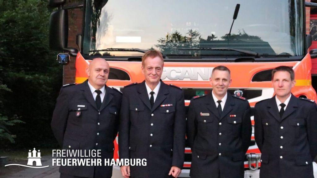 (v.l.n.r.) Bereichsführer Jean Gressmann, ehemaliger WF/V  Frank Grobelny, neuer WF/V René Junker, WF Bjoern Wilhelm