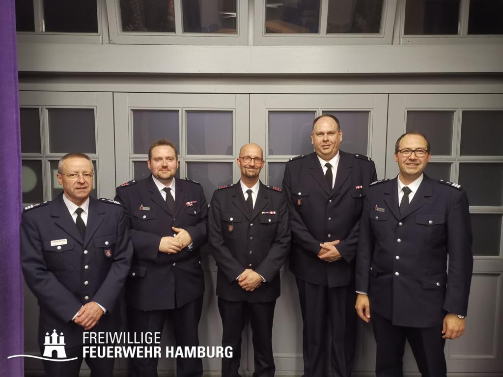 v.l.n.r.: Wahlleiter Andreas Kattge, Henrik Strate, Gunnar Peters, Jörg Eckloff, LBF Harald Burghart