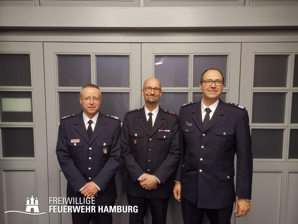 v.l.n.r.: Wahlleiter Andreas Kattge, LBF-V West Gunnar Peters, LBF Harald Burghart